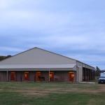 Horse clicker training clinic - The barn